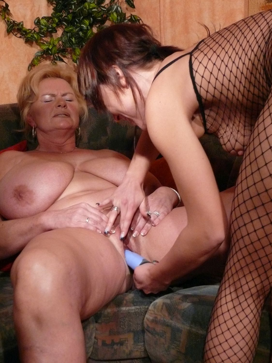 image Mmvfilms german sperm diva loves bukkake gokkun